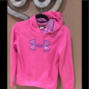 Girls size YLG under armour hoodie